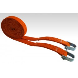 Tape tow rope with a shackle